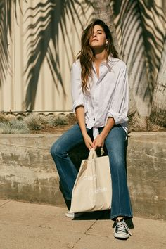 Ally Walsh exudes California cool with style that centers on ease and wearability. Shop her look on our Style Guide. #modelcitizen