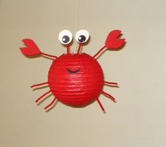 Lanterne en papier de crabe. Décorations de fête, Baby Shower, décor de salle, décor de pépinière.