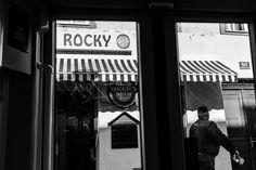 Oh Vienna . 2015 . 201 . Rocky . Nicole Andermatt #Vienna #Wien #streetphotography #urbanphotography #cafe