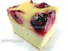 Prajitura cu visine si branza Cheesecake, Deserts, Sweets, Cookies, Food, Sweet Treats, Sweet Pastries, Biscuits, Desserts