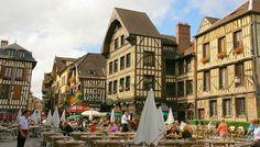 Casinha colorida: Se me chamar, eu vou: Troyes, França