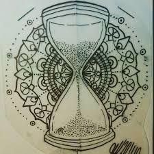 Resultado de imagem para desenhos de ampulheta para tatuagem
