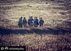 #Repost from @onlyeasyday  The world is a classroom!  #navy #usnavy #navyseals #seals #seal #specialforces #navalspecialwarfare #buds #usmc #marines #usmarines #army #airforce #coastguard #american #america #trident #americansniper #realkevinlacz #halffaceblades #dontquit #crossfit #fitness #hellweek  #theonlyeasydaywasyesterday by military_training