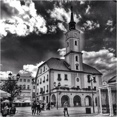 """See 117 photos and 8 tips from 504 visitors to Rynek. """"Best meeting place in Gliwice :) If you're driving by and wanna meet some friends, that's the. San Francisco Ferry, Notre Dame, Building, Places, Travel, Viajes, Buildings, Trips, Traveling"""
