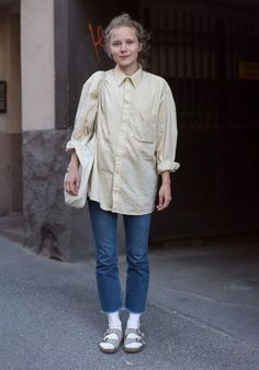 Street Style Blog, Looks Street Style, Sandals Outfit Summer, Summer Outfits, Tomboy Fashion, Cute Fashion, Mode Style, Style Me, Socks And Sandals