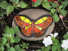 Orange/Yellow Butterfly Mosaic on Rock Mosaic Rocks, Mosaic Stepping Stones, Stone Mosaic, Mosaic Glass, Stained Glass, Glass Butterfly, Mosaic Projects, Garden Projects, Crafts