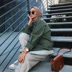 "Şeyma on Instagram: ""Selamm🧚�♀� Eşarp @freshscarfs 🌿� Modest Fashion Hijab, Casual Hijab Outfit, Ootd Hijab, Hijab Chic, Hijab Dress, Muslim Fashion, Modest Outfits, Street Fashion Photoshoot, Hijab Fashion Inspiration"