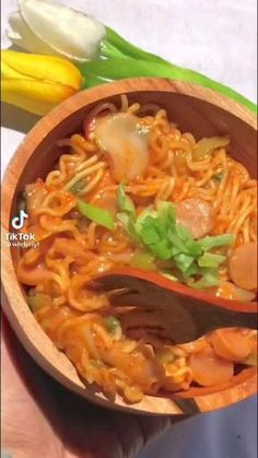 Easy Snacks, Easy Meals, Cookout Food, Diy Food, Food Hacks, Asian Recipes, Food Videos, Food And Drink, Food Storage