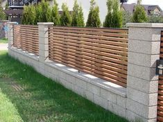 Easy Cheap Backyard Privacy Fence Design Ideas 21 Source by merjr Backyard Privacy, Backyard Fences, Fenced In Yard, Backyard Ideas, Concrete Backyard, Patio Ideas, Outdoor Privacy, Cheap Fence Ideas, Privacy Fence Designs