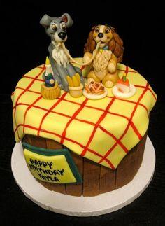50 Lady and the Tramp Cake Design (Kuchenidee) – Oktober 2019 - Kuchen-Designs Pretty Cakes, Cute Cakes, Beautiful Cakes, Amazing Cakes, Disney Themed Cakes, Disney Cakes, Disney Food, Unique Cakes, Creative Cakes