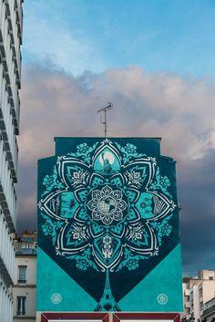 Earth_Crisis_Mandala_Designed_Mural_by_Shepard_Fairey_in_Paris_2016_