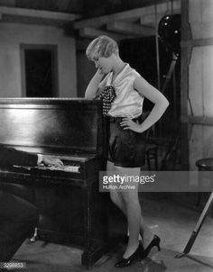 1929: Silent screen star Laura La Plante plays the part of a chorus girl in a scene from 'Evidence' or 'The Love Trap'. Title: Evidence Studio: Universal Director: William Wyler (Photo by Hulton Archive/Getty Images)