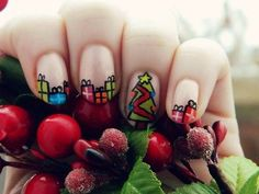 Afbeelding van http://stuffpoint.com/nail-designs/image/211303-nail-designs-adorable-christmas-morning-nails.jpg.