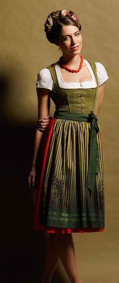 i like the shape and the different color skirt/bodice. thought i wanted all one color... but this is pretty