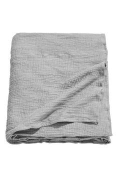 Crinkled cotton bedspread