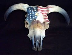 Airbrushing cow skulls artist Uber Spoony G Deer Skull Decor, Cow Skull Art, Painted Animal Skulls, Buffalo Skull, Antler Art, Bull Skulls, Skull Painting, Animal Bones, Bone Carving