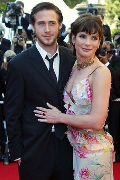 Ryan Gosling & Sandra Bullock - Another couple that looks good separate but not together. This relationship never took off...