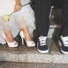 """""""E lhes darei um só coração,um só caminho..."""" Jeremias 32:39 Se existe alguém que irá lembrar, o que estava escrito no seu convite de casamento depois de alguns anos, esse alguém é você mesmo.  A palavra é viva, eficaz e cumpre seu papel no tempo certo, o tempo é hoje e todos os dias da minha vida."""