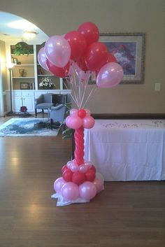 Balloon column.  #balloon-column #balloon-decor