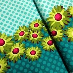 Double Border Daisy Teal