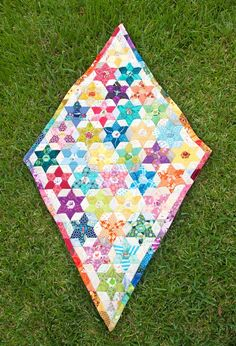 Add a new and different gem to your collection with this Diamond Triangle Quilt Pattern.