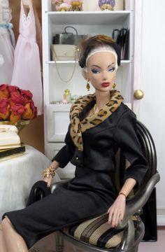 The Velvet Collection Lorenza Noir