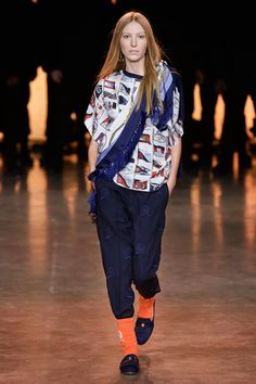 TommyNow Spring 2020 Ready-to-Wear Fashion Show - Vogue Fashion Week, Fashion 2020, Fashion Show, Fashion Design, Vogue Paris, Hijab Fashion, Mens Fashion, Evolution Of Fashion, Vogue Russia