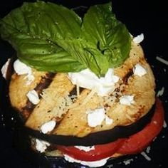 """Grilled Eggplant, Tomato and Goat Cheese By: Bubba's Mom """"Delicious, no fuss appetizer! Elegant but sooo easy. A perfect addition to a BBQ or a fabulous Italian feast. Grilling Recipes, Cooking Recipes, Vegetarian Recipes, Healthy Recipes, Vegetarian Appetizers, Vegetable Recipes, Appetizer Recipes, Vegetarian Main Course, Goat Cheese Recipes"""