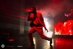 Travis Scott's birthday concert on Sunday (April 30) at New York City's Terminal 5, the turn-up was too real for the Bird's Eye View tour stop as the Missouri City rapper spotted a fan dangling from the second level balcony and asked concert-goers to create a safety net to catch those coming   #Music #TRAVIS SCOTT