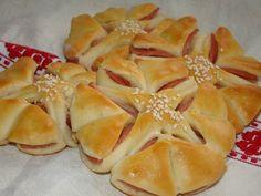 Párizsis virág :: Ami a konyhámból kikerül Hungarian Recipes, Hungarian Food, Snack Recipes, Snacks, Winter Food, Apple Pie, Pineapple, Bakery, Pizza