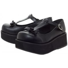 5a37a667ecd Time for t-straps platform flats