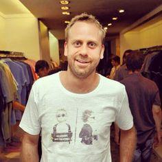 """O @luchuquer com a nossa camiseta """"Police"""". Essa e muitas outras na Loopy - Oscar Freire, 201 - ou no loja.loopy.com.br. Corra para garantir a sua! #loopy #loopyteam #loopyoficial #vesteloopy"""