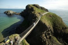 Carrick-a-Rede rope bridge which links the mainland near the village of Ballintoy to the island of Carrickarede in County Antrim.. northern Ireland