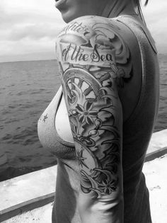 What better way to show off your passion for the sea than with a nautical tattoo? Nautical Sleeve Tattoo Tiny Nautical Foot Tattoos Simple Black Ink Are you loving any of these tattoos? Would you ever get a nautical tattoo? Tattoo Girls, Girls With Sleeve Tattoos, Best Sleeve Tattoos, Body Art Tattoos, Tattoos Pics, Forearm Tattoos, Wave Tattoos, Woman Tattoos, Quarter Sleeve Tattoos
