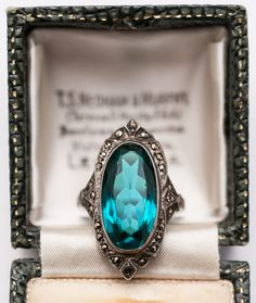 1920s Green Stone Marcasite Ring