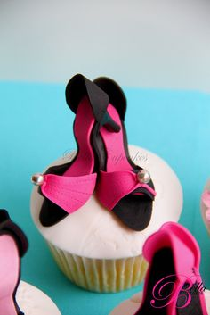 shoes cupcake