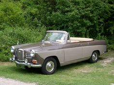 1966 Wolseley Convertible - My old classic car collection Classic European Cars, Ford Classic Cars, American Graffiti, Vintage Cars, Antique Cars, Convertible, Minis, Classic Motors, Commercial Vehicle