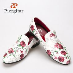 New style Skull and Flowers Prints white color men shoes Fashion men smoking slipper Wedding Party men's loafers Prom Shoes, Wedding Shoes, Men's Shoes, Shoe Boots, Dress Shoes, Mens Fashion Shoes, Fashion Boots, Style Fashion, Men Smoking