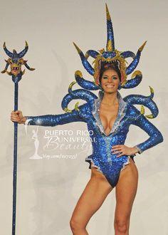 Miss Universe Puerto Rico 2011, Viviana Ortiz. Traje típico alusivo al vejigante.