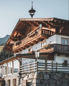 Tradition meets moderness with a view. Throwback to those architecture shots for Pointenhof in St. Really looking forward to shooting outside again. Interior Photography, Austria, The Outsiders, Shots, Mansions, Architecture, House Styles, Inspiration, Decor