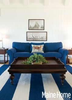 New England Nautical Style Living Rooms: http://www.completely-coastal.com/2015/02/New-England-style-nautical-living-rooms-decorating-ideas.html