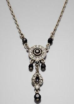 BEN-AMUN Small Tear Drop Necklace