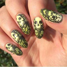 #gothicnails #nails #gothic