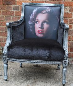 Monroe chair,wish interiors,paul karslake artwork,printed leather,bespoke a Funky Furniture, Unique Furniture, Furniture Projects, Painted Furniture, Upholstered Furniture, Marilyn Monroe Room, Love Chair, Painted Chairs, Vintage Chairs