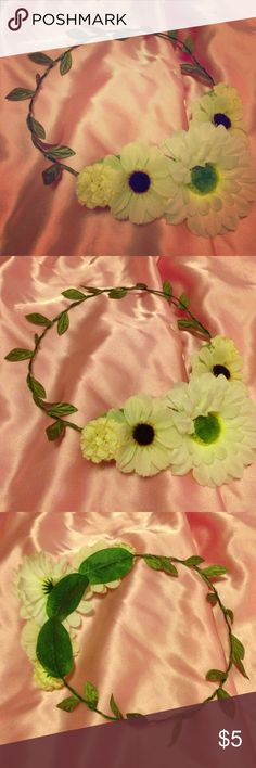 Flower Crown Embrace your flower child with this flower crown as you skip through meadows Accessories Hair Accessories