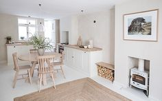This pretty house designed by I Gigi in Brighton has a light and airy kitchen and living space that would make it feel like summer all year long