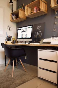 Browse home office ideas images to find desks, bookshelves, office furniture, office design and desk accessories for your library, study or office des Mesa Home Office, Home Office Desks, Home Office Furniture, Cool Furniture, Furniture Ideas, Interior Office, Apartment Interior, Furniture Makeover, Home Office Storage