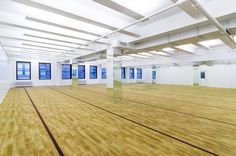 The biggest Bikram Yoga studio in the city, Bikram Yoga Herald Square just came to Herald Square with over 5,000 square feet of floor space that can easily fit 100 yogis at a time! They even have a high-pressure, hot water mat washing station so you can get your mat super clean! #HeraldSquare #HeraldTowers #NYC