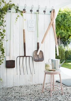 DIY recycle garden tools   styling & design: stijlbloem.nl by Fleur Spronk   photography: Rolinda Windhorst