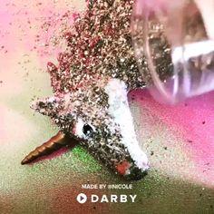Easy DIY Unicorn Wall Art  #darbysmart #wallart #diy #unicorns